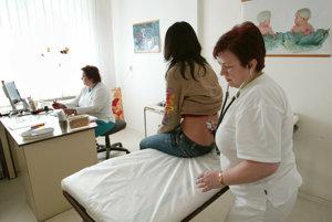 Za šesť rokov klesol v prepočte na stotisíc obyvateľov Banskobystrického kraja počet lekárov o dvadsať.