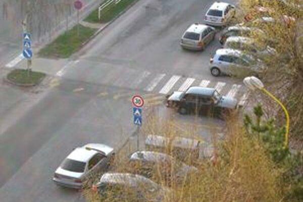 Taxikári si väčšinou dávajú pozor, aby neboli policajtmi postihnuteľní.