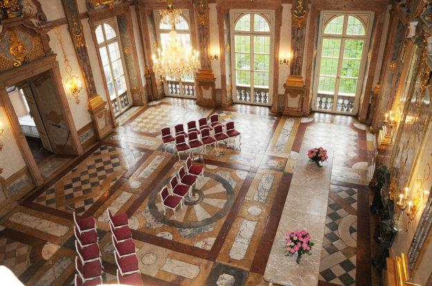 Koncertná mramorová sála na zámku Mirabell