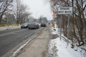 Diaľničný privádzač smerujúci do priemyselnej zóny má odbremeniť Kysucké Nové Mesto od dopravného preťaženia.