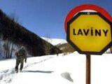 Vo vysokohorskom teréne hrozia lavíny, návštevníci hôr by sa mali o situácii informovať.