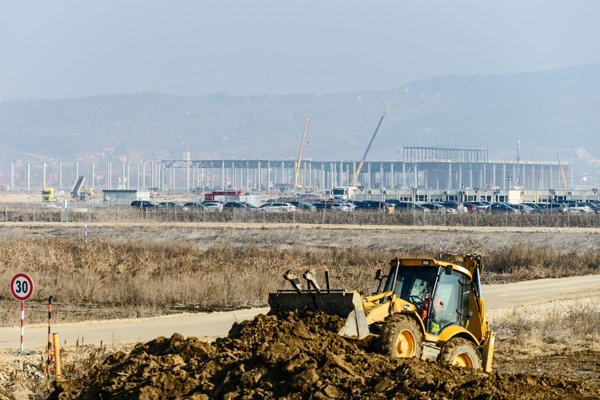 Výstavba automobilového závodu Jaguar pri Nitre.