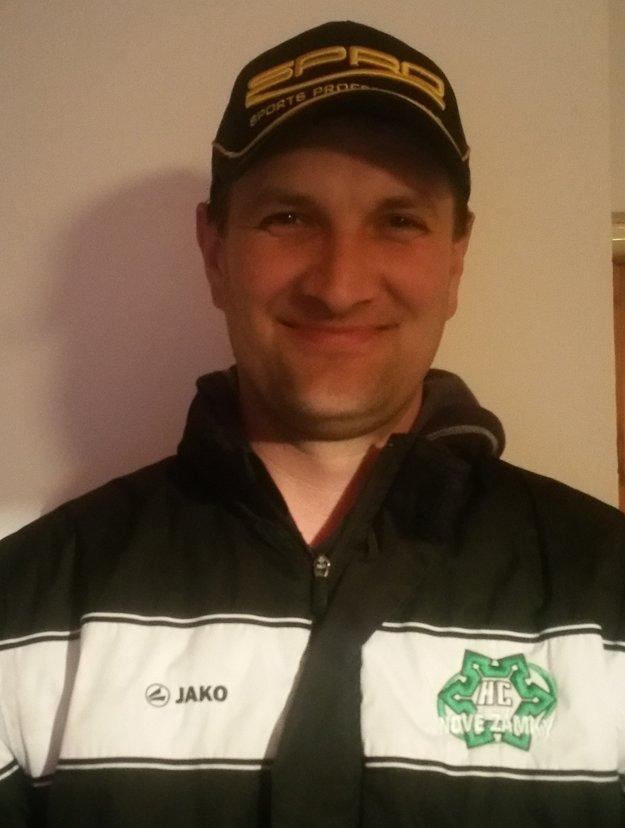 Vedúci novozámockého zimného štadióna Juraj Domaniža