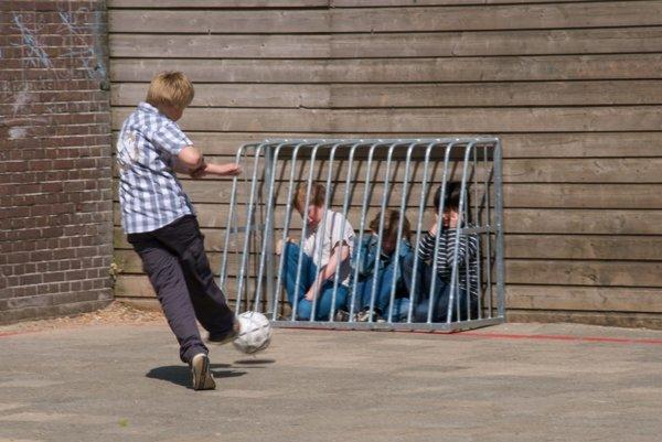 Šikana medzi deťmi sa vyskytuje aj na slovenských školách.