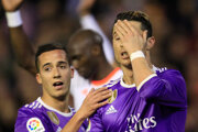 Gól Cristiana Ronalda (vpravo) Realu Madrid nestačil.