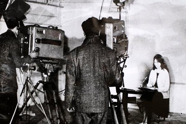 Prvé televízne vysielanie.