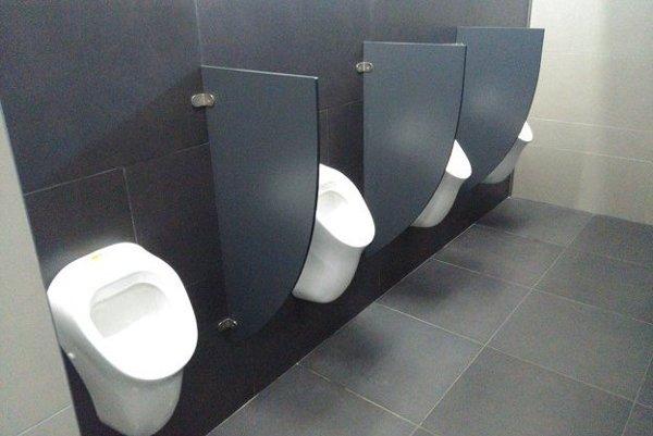 Nové toalety.