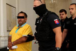 Údajný objednávateľ vraždy Miroslav Ž. vlani, keď súd rozhodol o jeho vzatí do väzby.