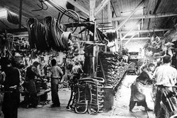 Takto to vyzeralo v thonetových fabrikách koncom predminulého storočia.