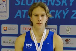 Humenčan Patrik Megela so zlatou medailou na hrudi.