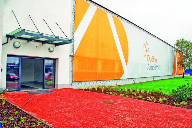 Budova školy Duálnej akadémie.
