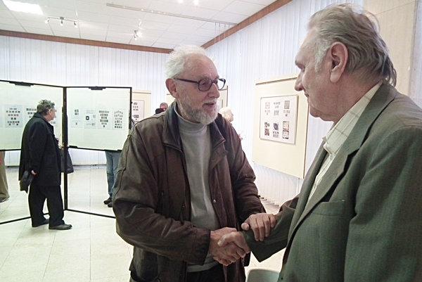 Na vernisáži Jozef Janáč (vpravo) sOtom Gáťom.