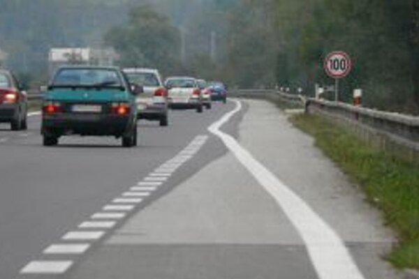 Na ceste v katastri Brodna sa pripravte na zdržanie.