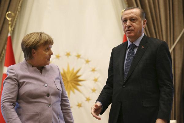 Nemecká kancelárka Angela Merkelová a turecký prezident Erdogan.