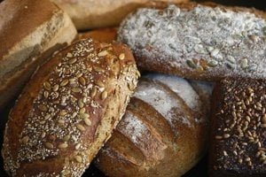 Lepok je bielkovina, ktorá sa nachádza v obilninách ako je pšenica, raž či jačmeň.