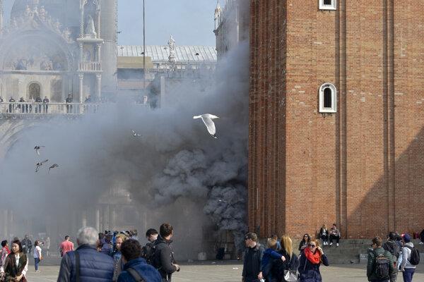 V Benátkach nastala panika.