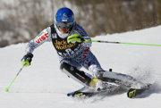 Veronika Velez-Zuzulová sa aj v budúcej sezóne objaví na lyžiarskych svahoch.