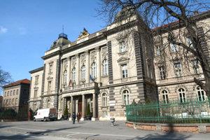 Rektorát UPJŠ. Strata peňazí môže výrazne zasiahnuť do prevádzky vysokých škôl na Slovensku.