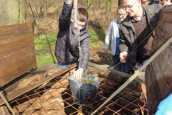 Studňa je dodnes funkčná, voda však obsahuje veľa dusičnanov.