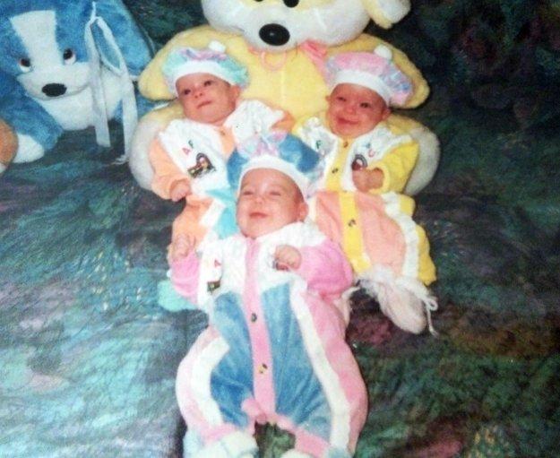 Tri živé striebra v rodine Marinových v roku 1999.