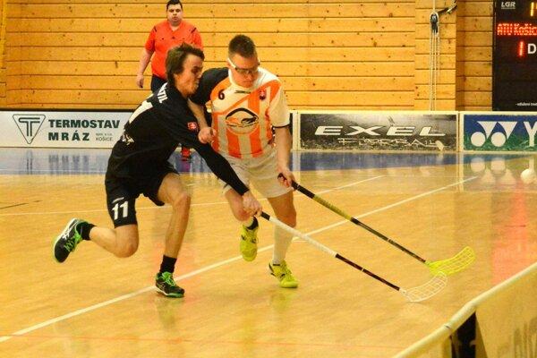 Strelil hetrik, ale nestačilo to. Kamil Navrátil (vľavo) by svoje góly vdruhom zápase  menil za víťazstvo.