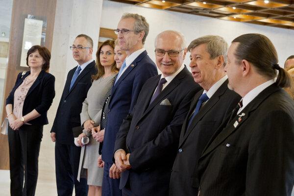Predseda parlamentu Andrej Danko privítal časť slovenských europoslancov v Národnej rade SR.