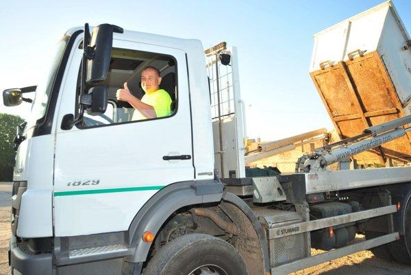 Harmonogram odvozu veľkokapacitných kontajnerov je na stránke mesta a firmy Brantner Fatra.