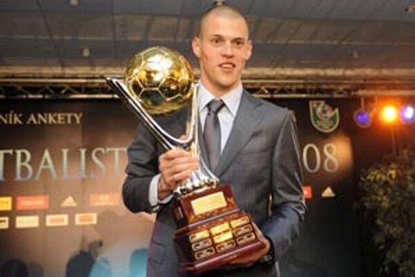 Martin Škrtel bol za minulý rok ocenený ako najlepší futbalista na Slovensku.