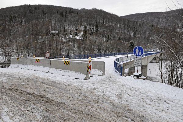 Most cez Ružín je od zimy uzavretý.