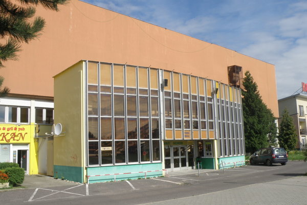 Zimný štadión v Prievidzi.