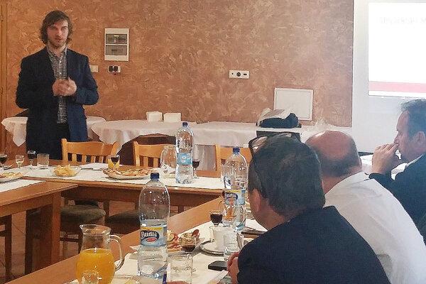 Michal Kuzár apeluje na hornooravských starostov stým, že smladými treba pracovať.