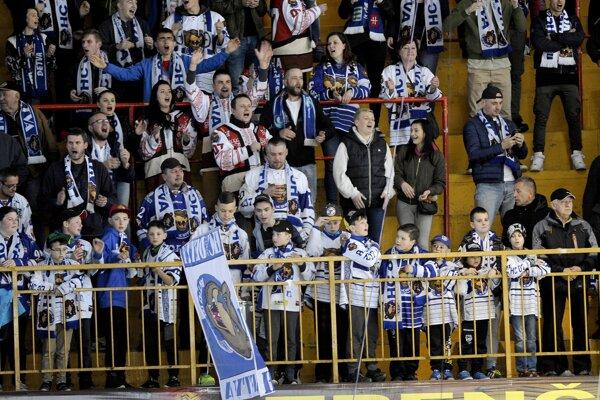 Fanúšikovia Detvy sú oporou tímu počas celej sezóny. Aj v záverečnom zápase v Trenčíne mohutne podporovali svojich.