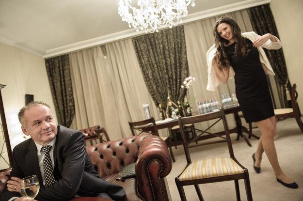 Andrej Kiska s dcérou očakávajúc finálne volebné výsledky.