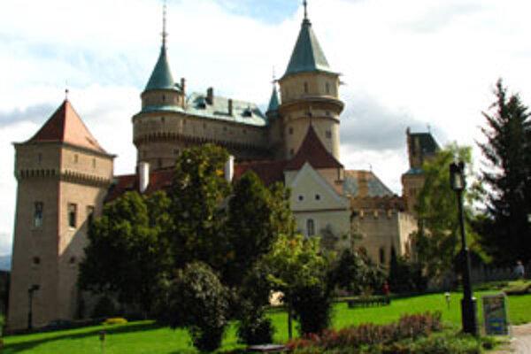 V Západnom krídle Bojnického zámku približuje netradičná výstava prácu reštaurátorov.