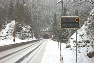 Cestný tunel za Stratenou.
