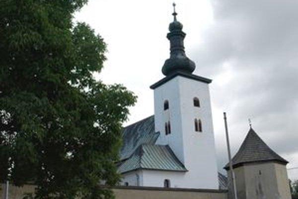 Jedným zo siedmich divov kraja môže byť aj prievidzský kostol.