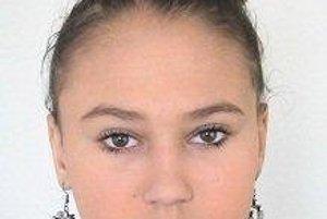 Sedemnásťročné dievča hľadá polícia.