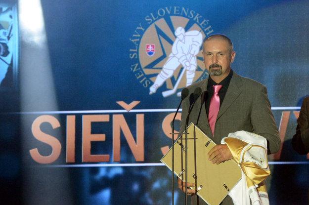 Zdeno Cíger sa stal v roku 2004 zatiaľ posledným členom SSSH.
