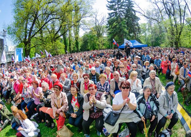 1. máj so Smerom v parku.