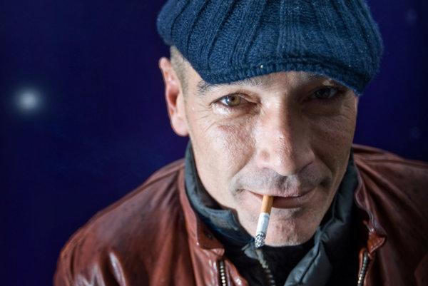 Jean-Marc Barr, hviezda filmu Magická hlbočina prijal hlavnú úlohu v slovenskom filme Pivnica.