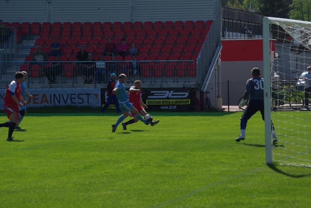 00da470785abe Zápas Old Boys MFK Zvolen - Slovan Bratislava. 7/9. Zväčšiť Všetky fotky