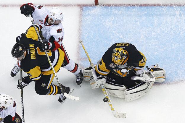 Domáci brankár Marc-André Fleury zneškodnil všetkých 23 striel hráčov Senators a dosiahol druhé čisté konto za tri zápasy.