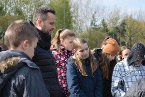 Študenti v Osvienčime.
