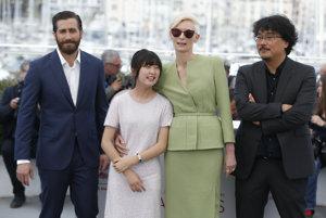 Jake Gyllenhall, Seo-Hyun Ahn, Tilda Swinton a režisér Bong Joon Ho.