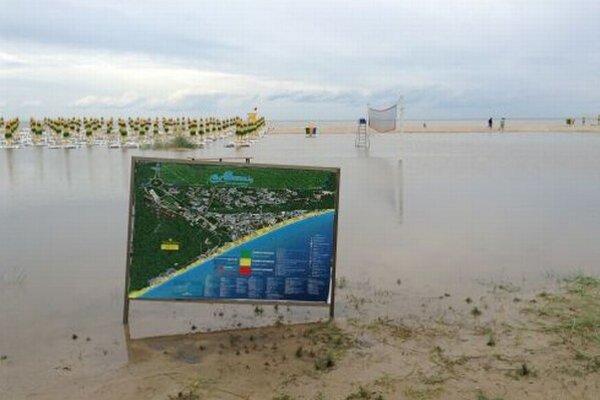 Povodne v Albene.