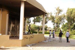 Ansár aš-šaría zaútočila na americké veľvyslanectvo.