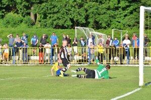 V Rožňave videli početní diváci kvalitný futbal.