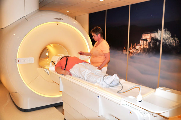 Magnetická rezonancia v Dolnooravskej nemocnici.