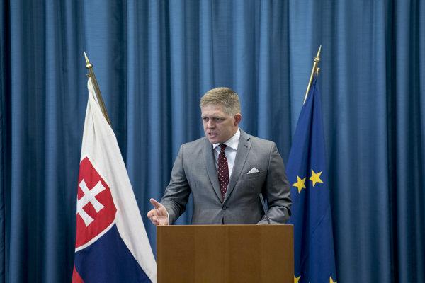Premiér Fico počas príhovoru na seminári o ochrane oznamovateľov korupcie.