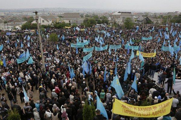 Zhromaždenie Tatárov.